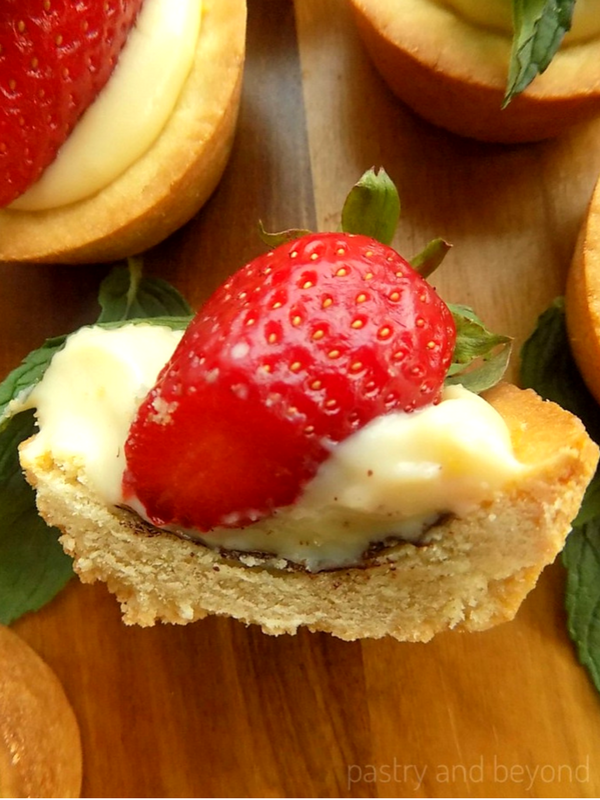Strawberry Mint Cookie Cups with Pastry Cream