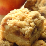 Apple Pie Bars with Crumble Topping